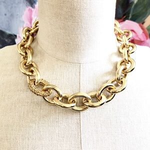 BANANA REPUBLIC golden glamour necklace NWT $108